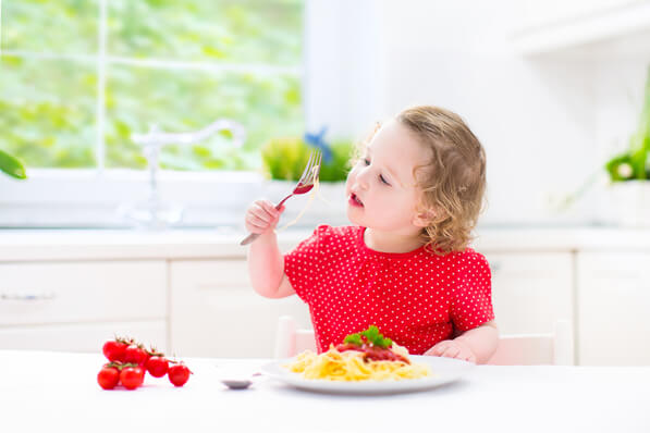 how-to-encourage-your-kids-to-eat-healthily