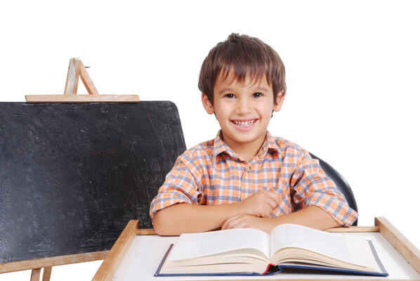 5-ways-learning-a-new-language-enhances-your-childs-development